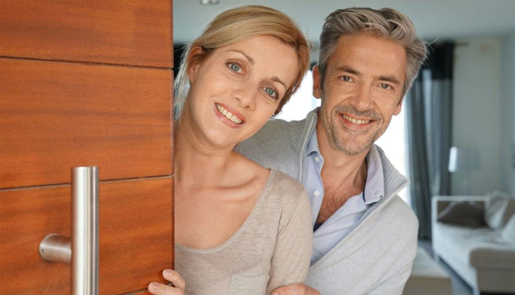 Unsere Haus- und Grundbesitzerhaftpflichtversicherung schützt Sie optimal vor finanziellen Risiken