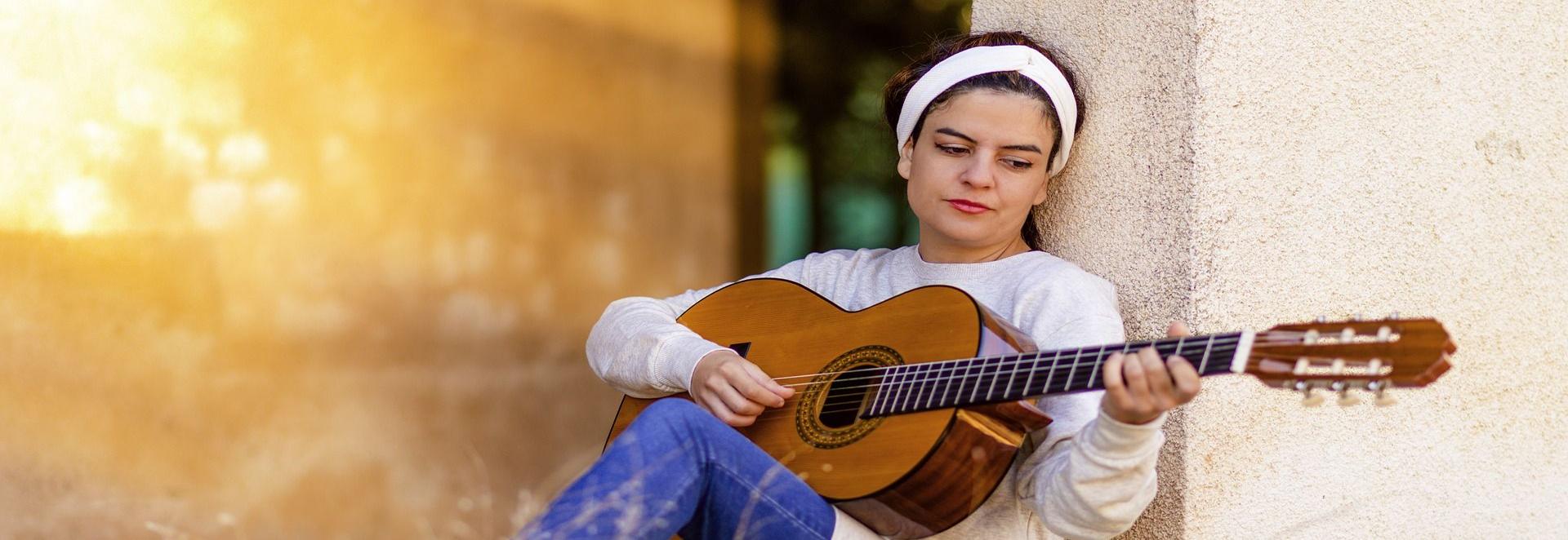 <h1>Wir schützen Ihr wertvolles Instrument mit einer Musikinstrumenten-Versicherung. Zuhause, im Proberaum, auf Reisen und bei Auftritten</h1>
