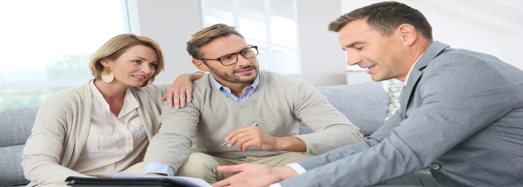 Wir entwickeln mit Ihnen gemeinsam individuelle Lösungen, damit Sie Ihrem Ruhestand gelassen entgegen sehen können