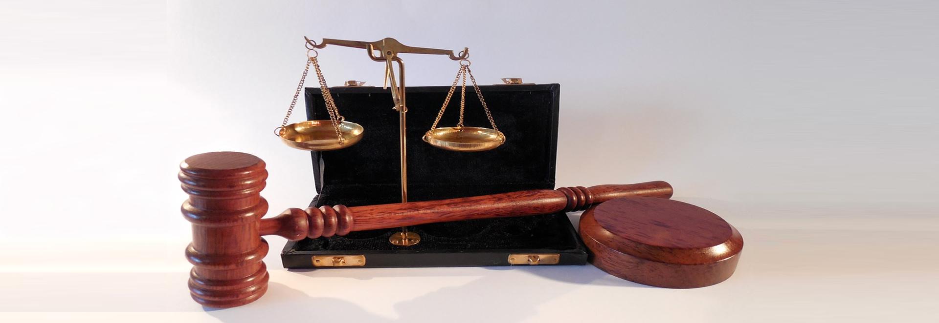 Die Rechtsschutzversicherung ist unverzichtbar für Unternehmen, Gewerbe und Selbständige