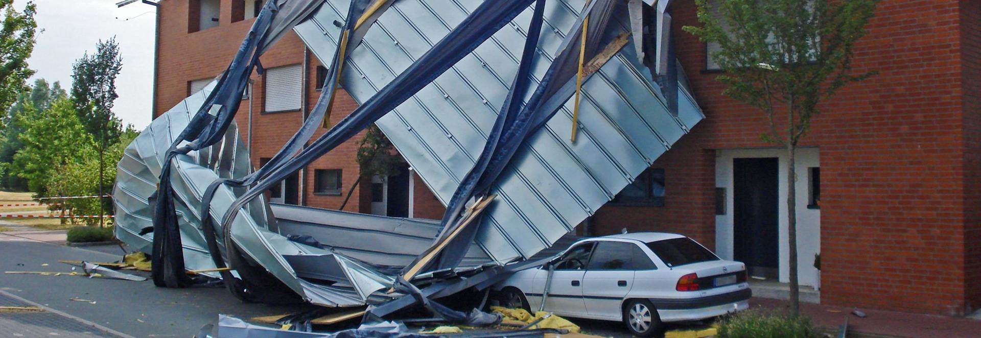 Wir zeigen Ihnen, welche Versicherung bei Sturmschäden an Gewerbeimmobilien wirklich zahlt